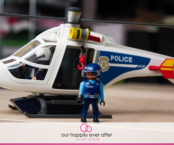 palymobil-politie-helikopter-politiehelikopter-speelgoed-our-happily-ever-after-1
