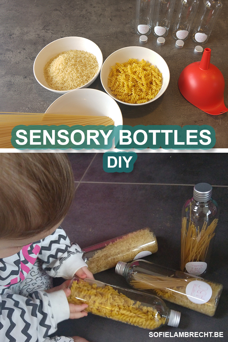 Sensory Bottles maken met rijst en pasta