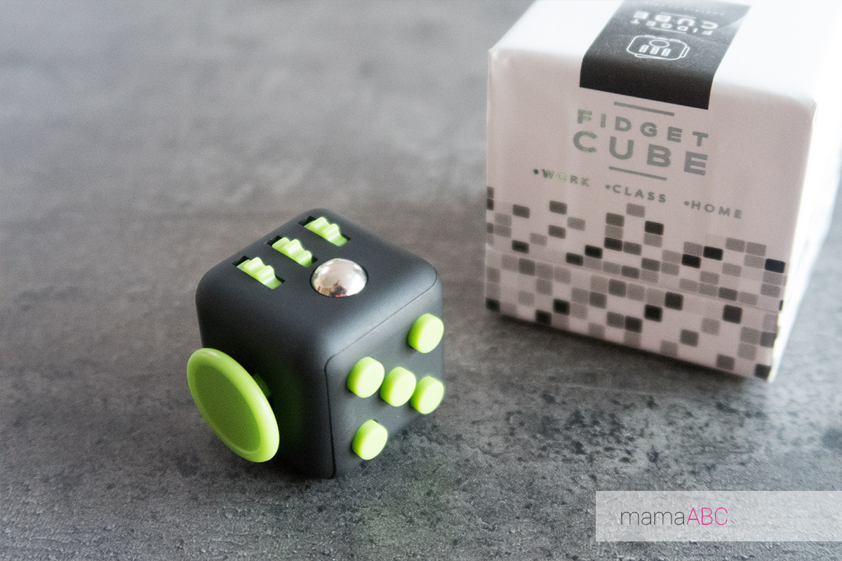 the fidget cube friemelen concentratie autisme mamaabc mama abc blog