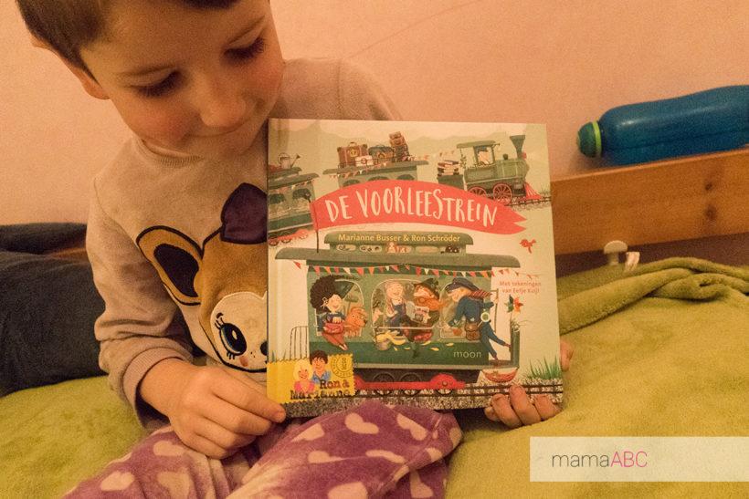 de voorleestrein boek review voorlezen mama abc blog