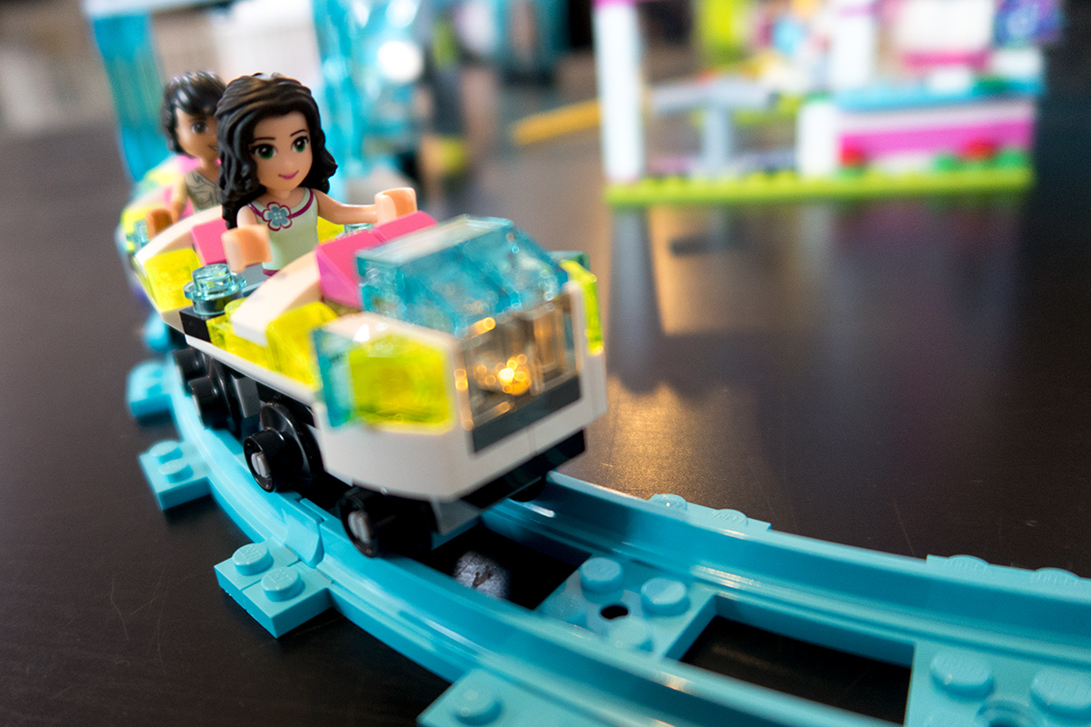 lego friends pretpark achtbaan mama abc blog