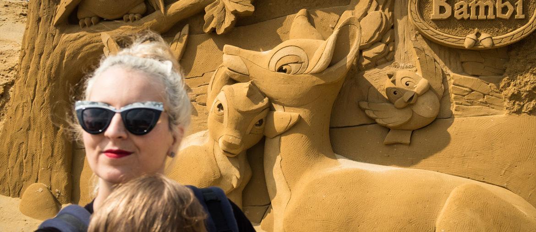 Zandsculpturenfestival oostende disney sand magic