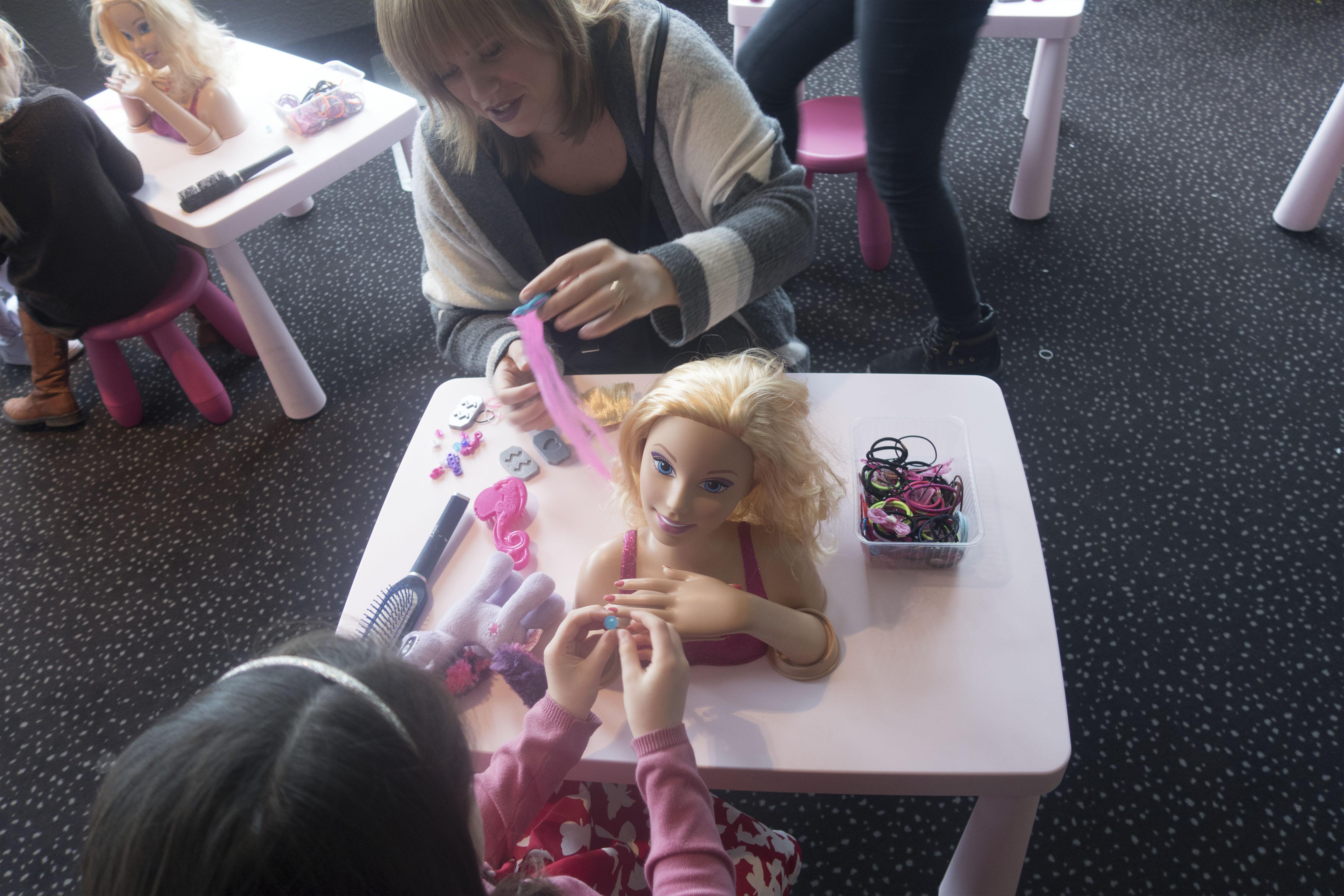 Barbie Dolfijnen Magie Mama ABC Blog