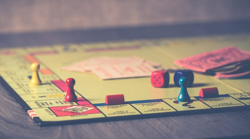 Vals spelen bij Monopoly