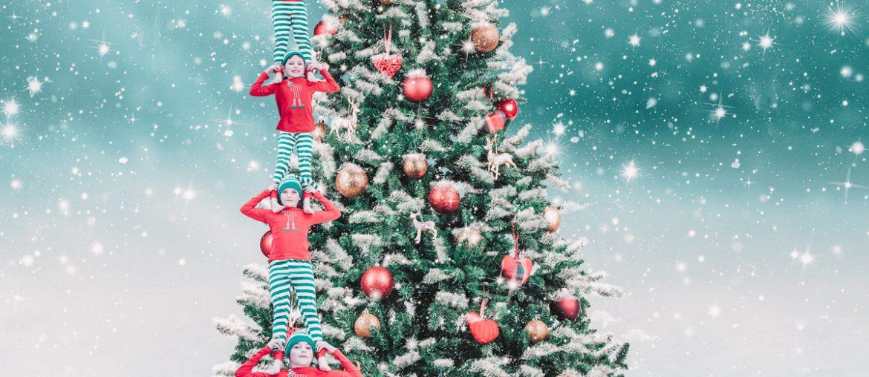 Magische kerstfoto met kinderen