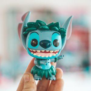 Pop! Disney Maleficent en Hula Stitch