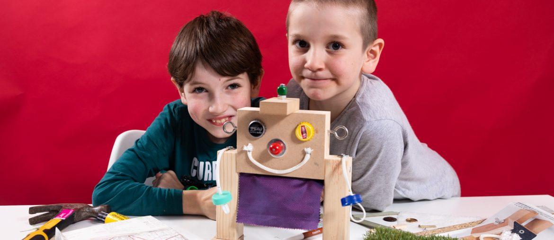 Tinker pakket knutselen, wakker de creativiteit aan bij kinderen